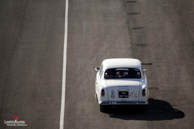 photo-les-grandes-heures-automobiles-2016-peugeot-403-etienne-bruet