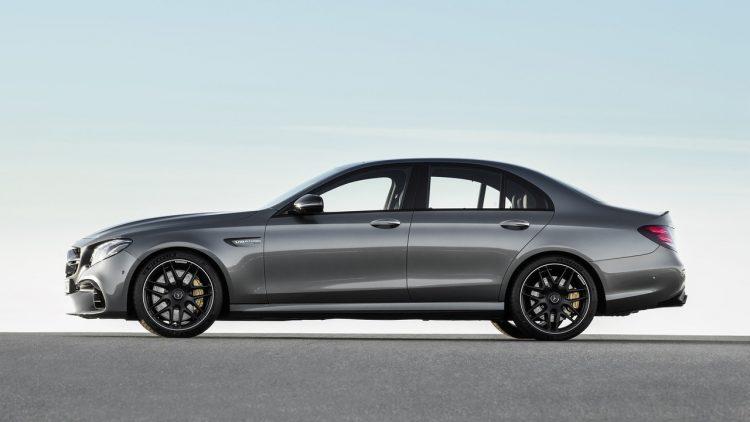 2017-mercedes-amg-e63-sedan-new-17