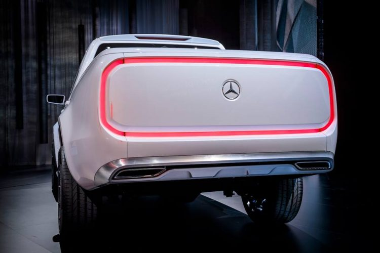 concept-x-class-pick-up-mercedes