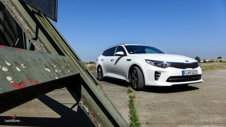 essai-test-drive-les-voitures-kia-optima-sw-11