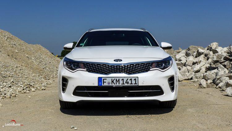 essai-test-drive-les-voitures-kia-optima-sw-12