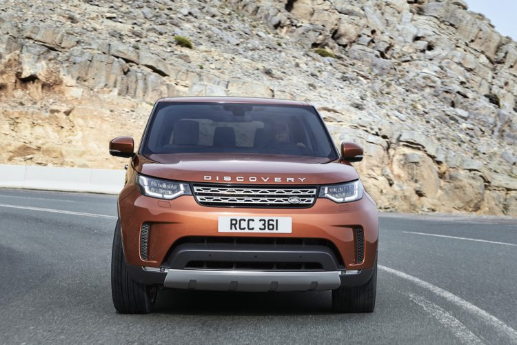 land-rover-discovery-2016-3
