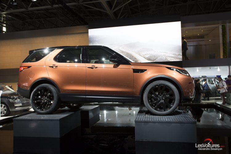 land-rover-discovery-new-paris-2016
