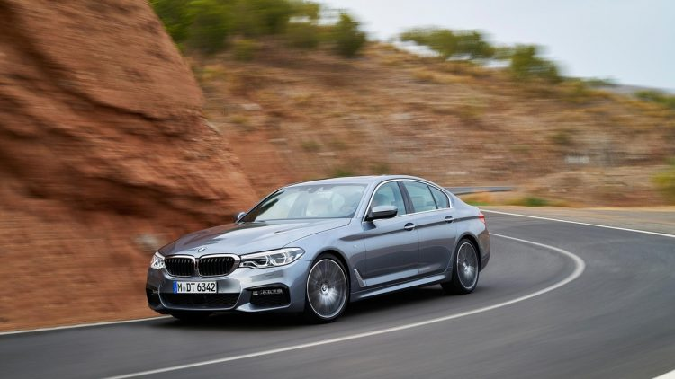 bmw-serie-5-series-2016-2017-new-12