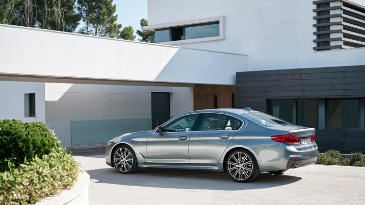 bmw-serie-5-series-2016-2017-new-29