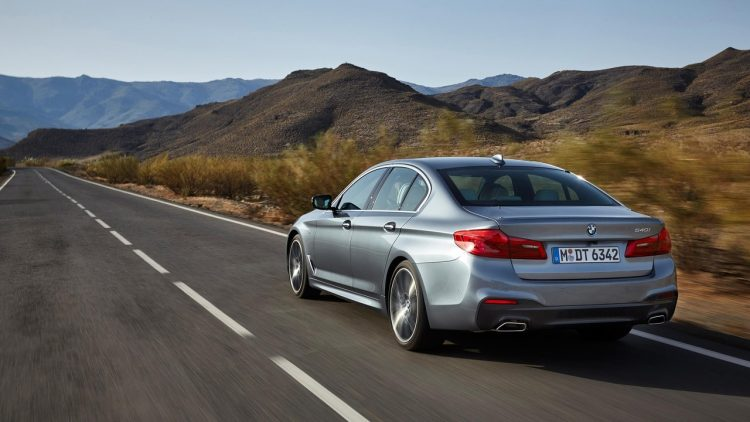bmw-serie-5-series-2016-2017-new-33