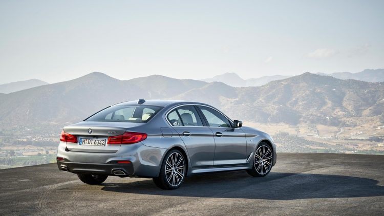 bmw-serie-5-series-2016-2017-new-8