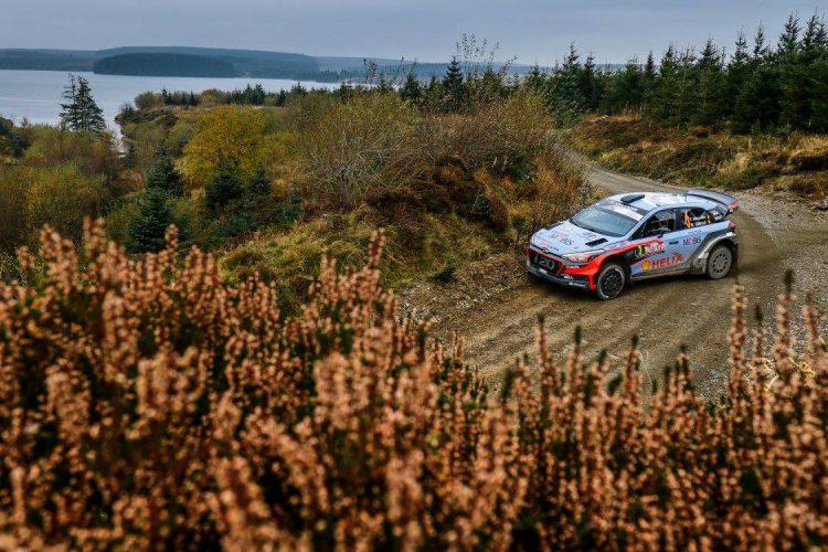 hyunday-i20-neuville-wrc-rally-walles-grande-bretagne-2016