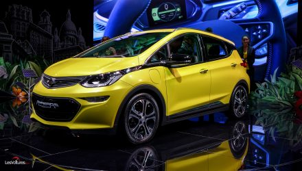 mondial-automobile-paris-2016-104-opel-e-ampera