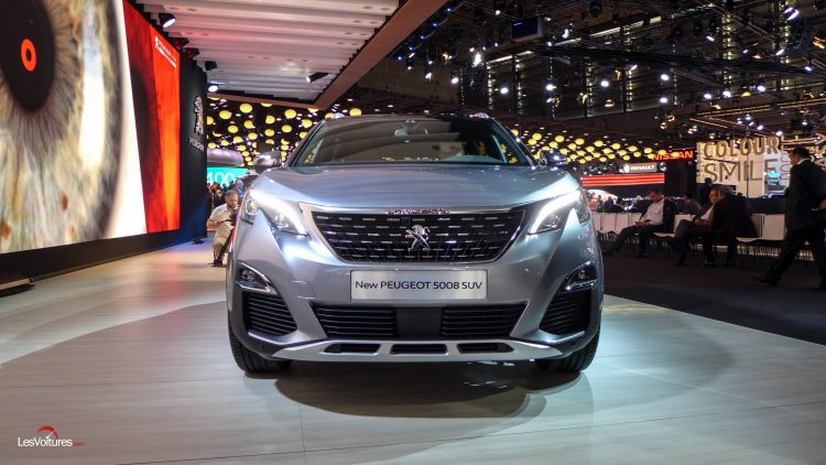 mondial-automobile-paris-2016-94peugeot-5008