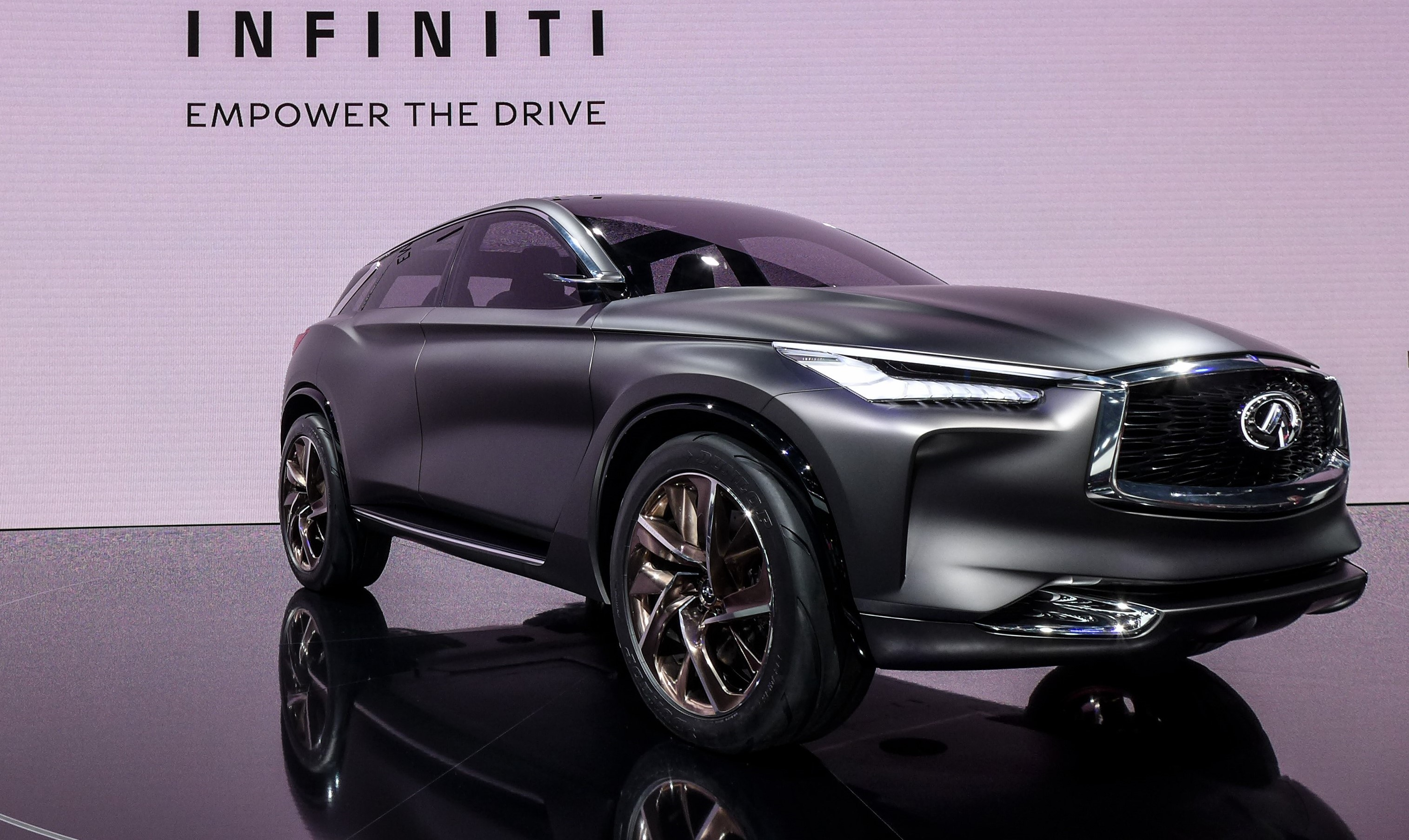 infiniti qx sport inspiration superbe pr misse d un futur suv premium et high tech les voitures. Black Bedroom Furniture Sets. Home Design Ideas