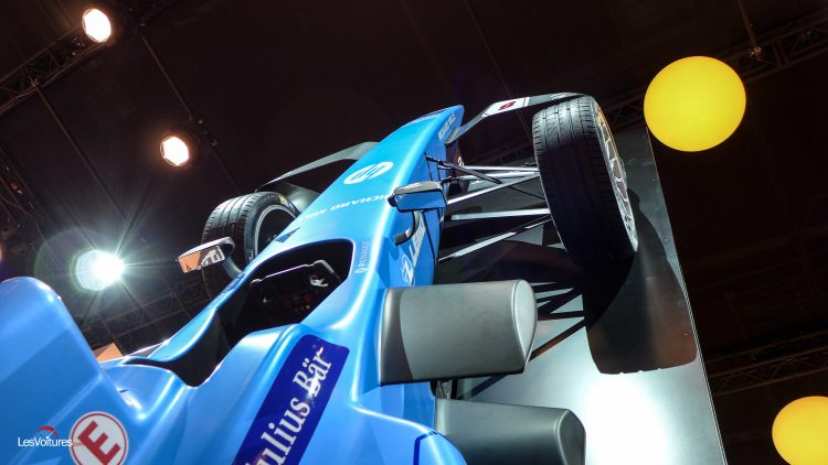 mondial-automobile-twingo-gt-renault-sport-7