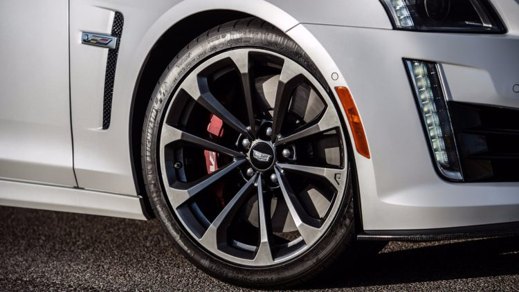 cadillac-cts-v-hennessey-performance-3