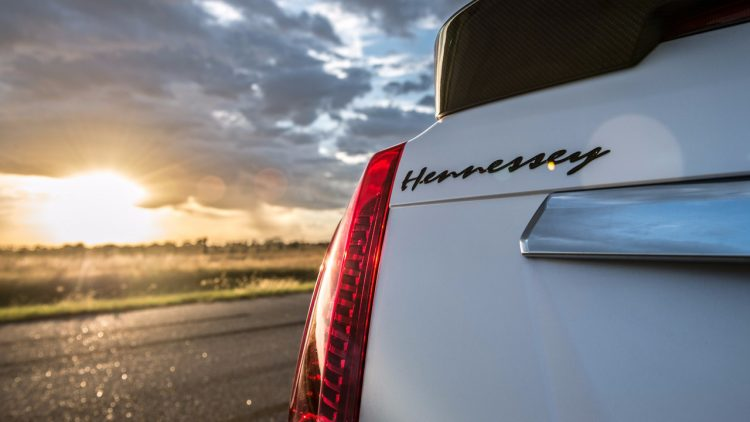 cadillac-cts-v-hennessey-performance-hpe-1000-2017