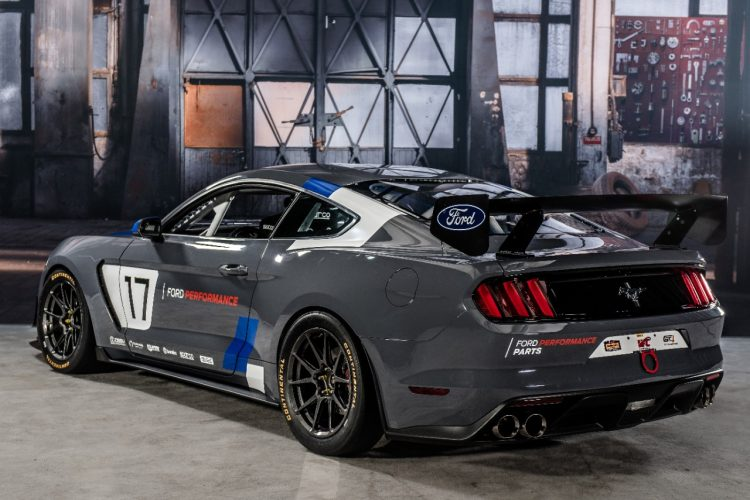 ford-mustang-gt4-2017-2