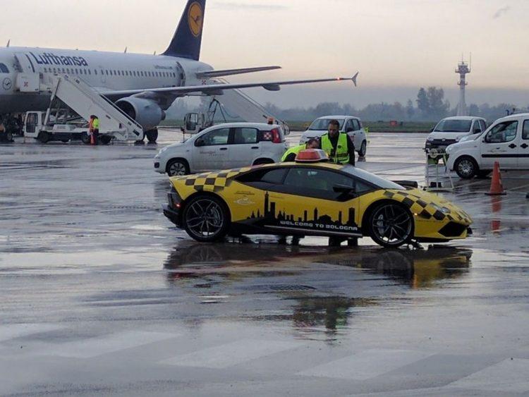 lamborghini-huracanl-aeroport-bologne-2