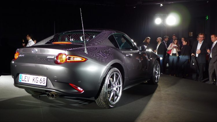 reveal-mazda-mx-5-rf-paris-11