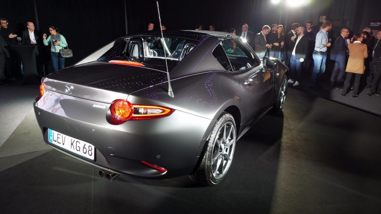 reveal-mazda-mx-5-rf-paris-5