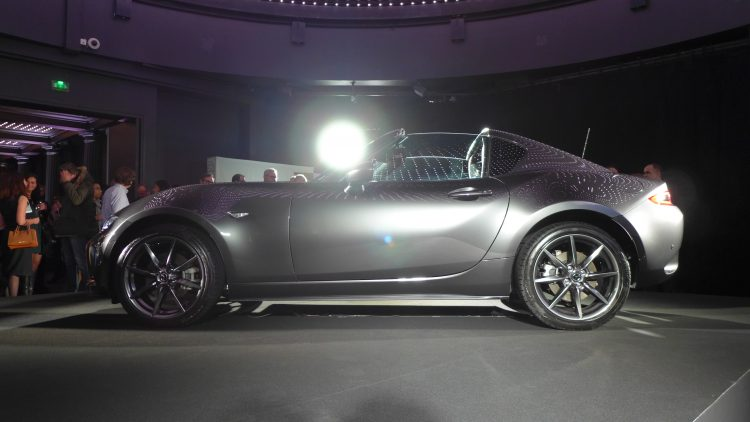 reveal-mazda-mx-5-rf-paris-7