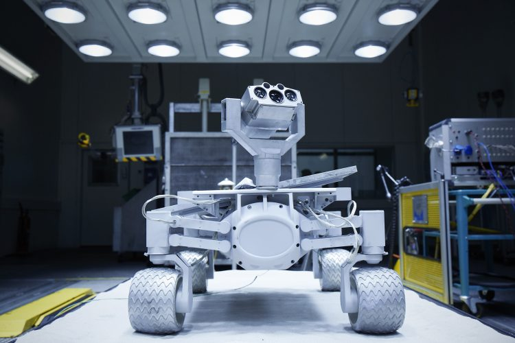 audi-mission-to-the-moon-lunar-quattro