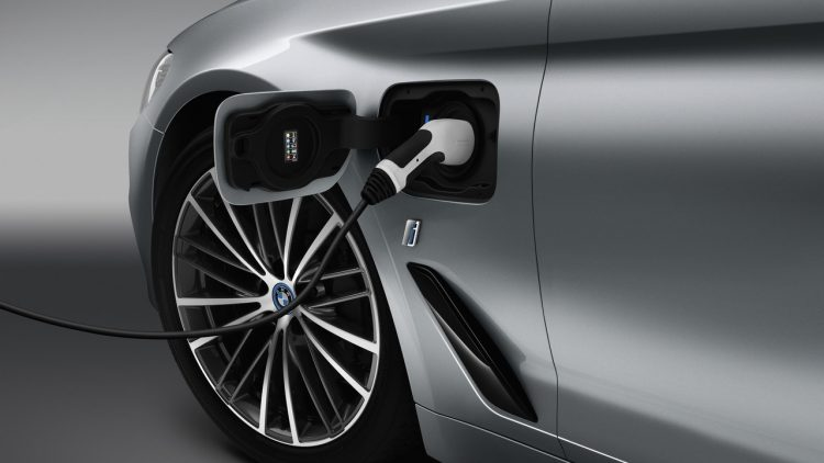 bmw-serie-5-hybride-rechargeable-2017-5