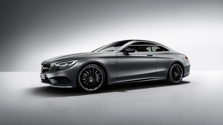Mercedes-Benz S-Klasse Coupé Night Edition, designo selenitgrau magno, AMG Leichtmetallräder im Vielspeichen-Design, AMG Styling. ; Mercedes-Benz S-Class Coupé Night Edition, designo selenite grey magno, AMG multi-spoke alloy wheels, AMG bodystyling.;