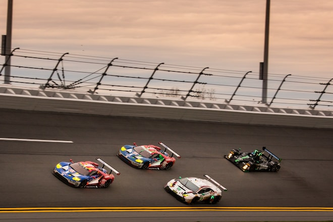Ford-gt-imsa-24-h-daytona-2017-race