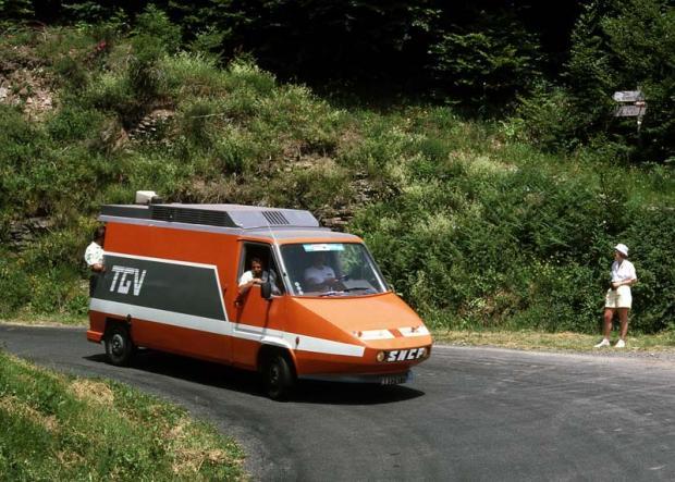 Renault-Master-TGV-le-bon-coin-tour-de-france