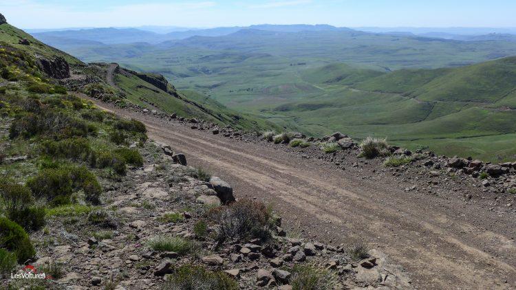 afrique-de-sud-35-road-trip-les-voitures-m6-turbo-seat-ateca-peugeot-3008-nissan-qashqai