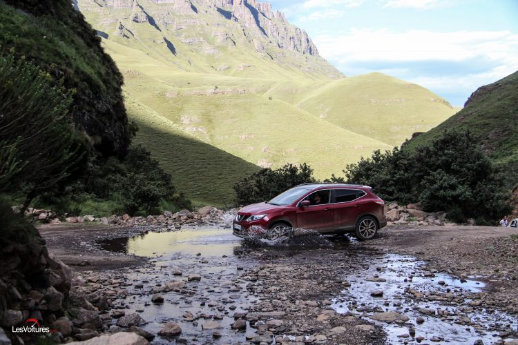afrique-de-sud-50-road-trip-les-voitures-m6-turbo-seat-ateca-peugeot-3008-nissan-qashqai