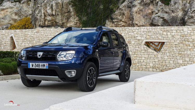 dacia duster dci 110 edc la version black touch quip e de la bo te automatique l 39 essai. Black Bedroom Furniture Sets. Home Design Ideas