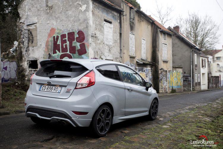essai-les-voitures-ford-fiesta-st200 (11)