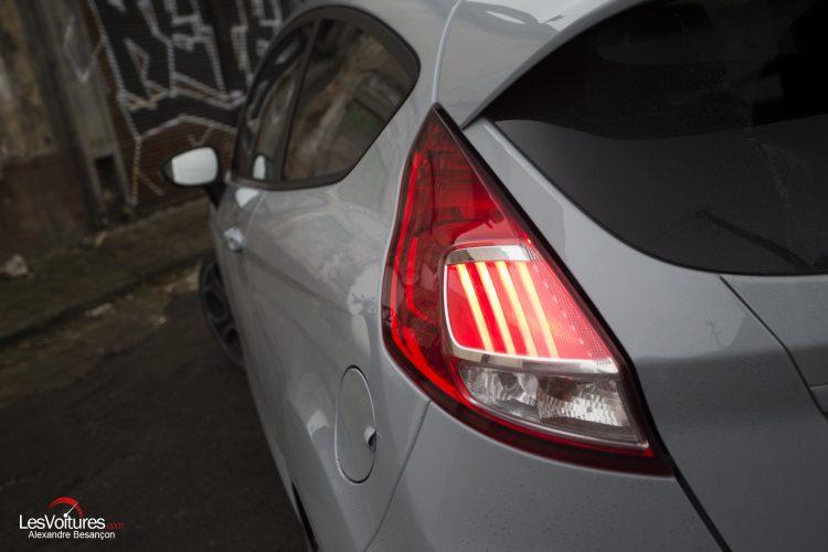 essai-les-voitures-ford-fiesta-st200 (17)