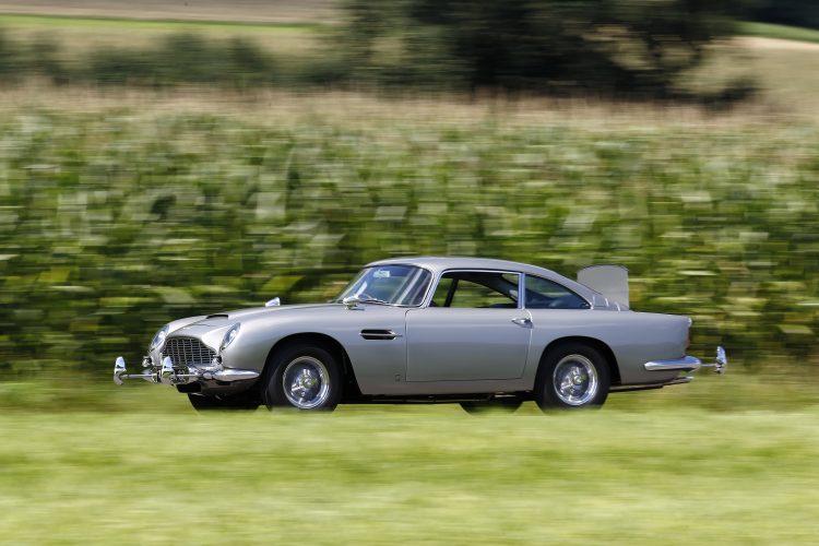 16.08.2011 Motor Klassik Restaurierung Aston 007