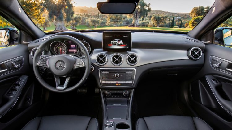 mercedes-benz-gla-2017-8