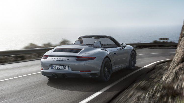 porsche-911-gts-2018-cabriolet