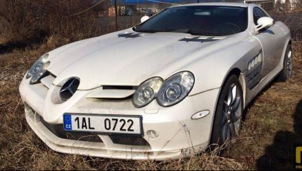 Mercedes-benz-slr-abandonnee-c