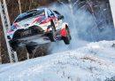 Toyota-gazoo-racing-wrc-yaris-latvala-suéde-2017-2