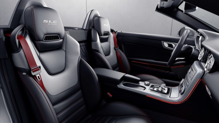 mercedes-slc-redart-edition-interior