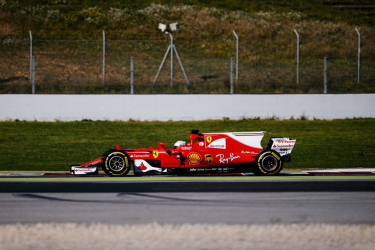 Kimi-Räikkönen-essais-barcelone-2017-2