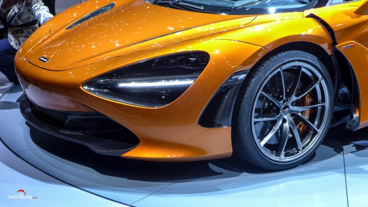 mclaren 720s un ovni roulant atterrit au salon de gen ve les voitures. Black Bedroom Furniture Sets. Home Design Ideas