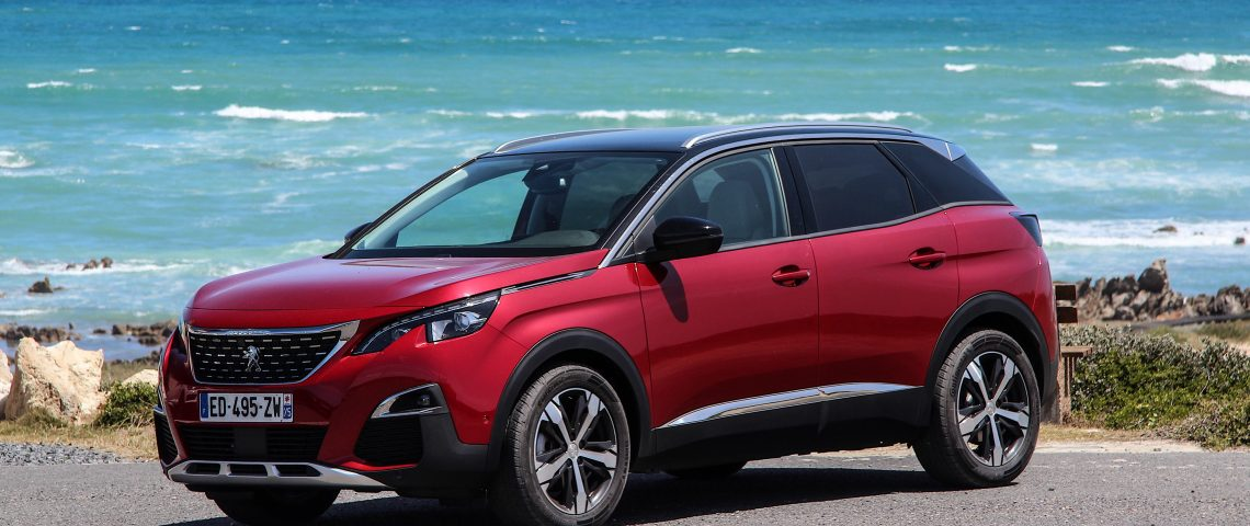 peugeot-3008-voiture-anee-2017-car-of-the-year-geneve.png