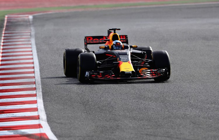 red-bull-racing-f1-barcelone-test-2017