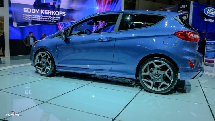 salon-geneve-2017-111-ford-fiesta-st-200