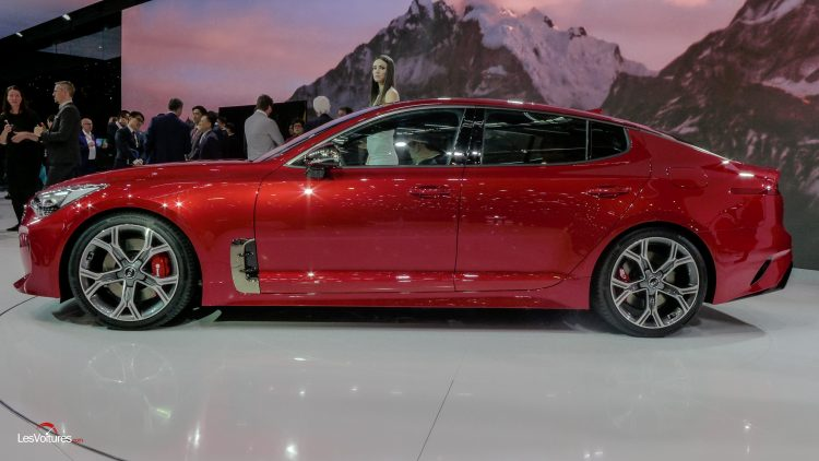 salon-geneve-2017-156-kia-stinger