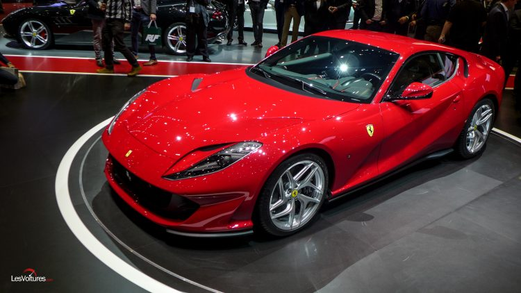 salon-geneve-2017-265-ferrari-812-superfast