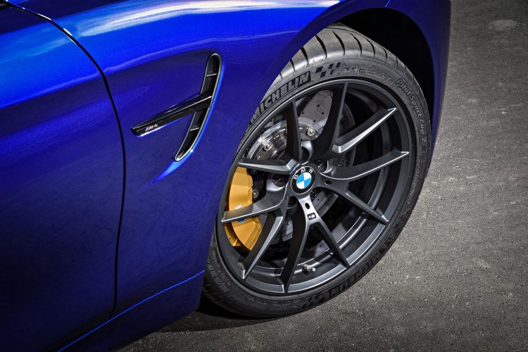 bmw-M4-cs-2017-wheel