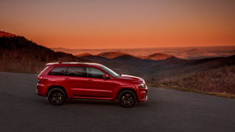 jeep-grand-cherokee-trackhawk-2017