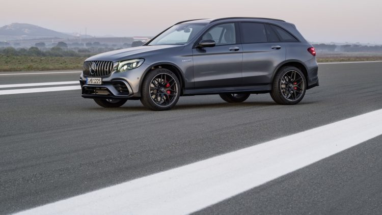 mercedes-amg-glc63-coupe-2017-12