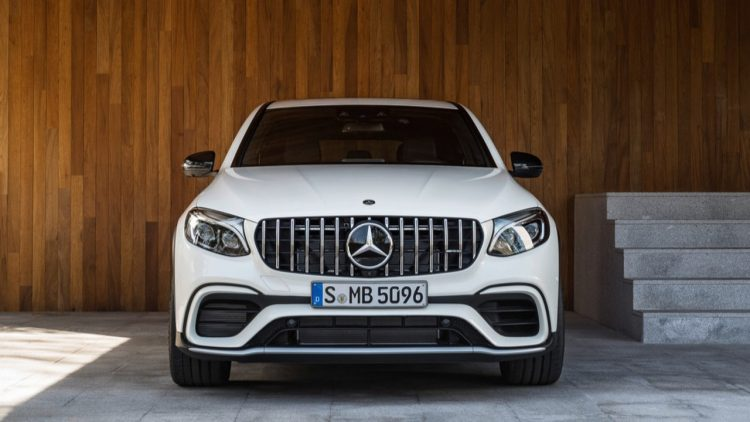 mercedes-amg-glc63-coupe-2017-13